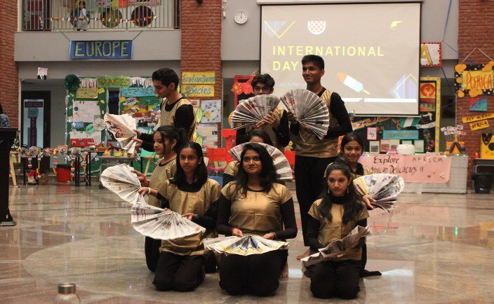 Fusion of Chinese Fan dance and Indian Bhangra to depict the cultural diversity