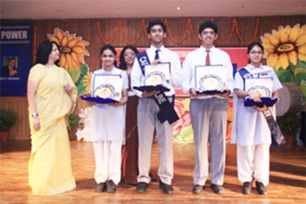 Recipients of founder's day special award